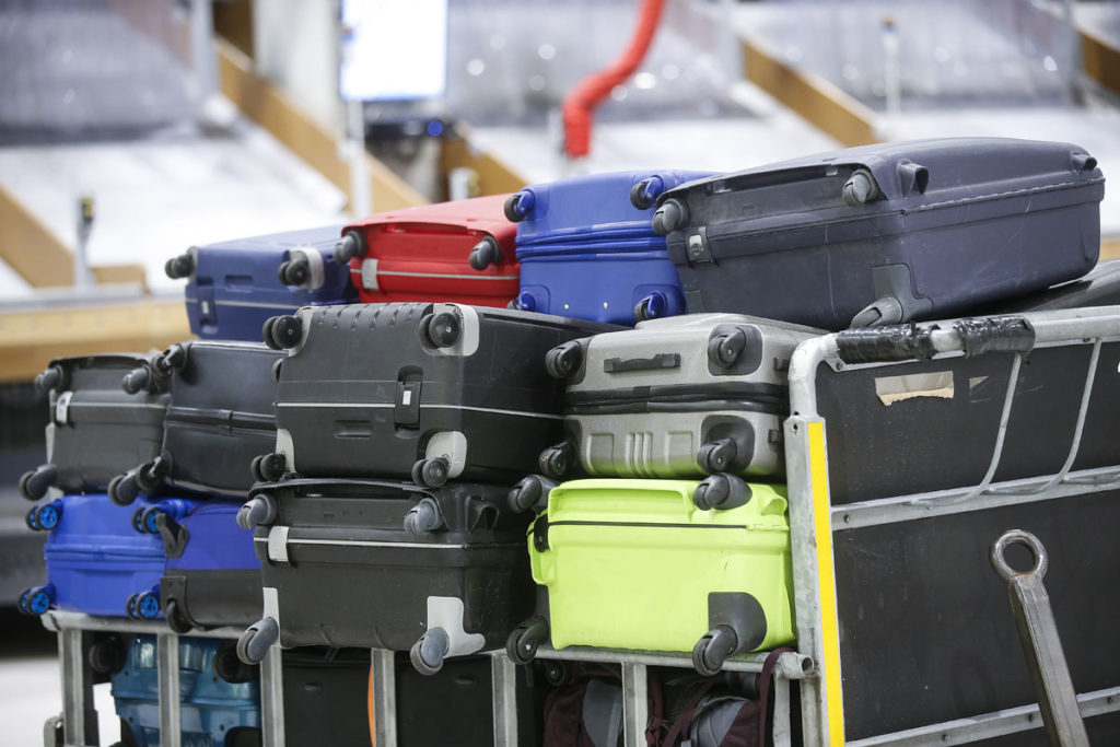 Baggage Handling Projects. Schiphol Airport Signs Long Term Contract with Beumer Group