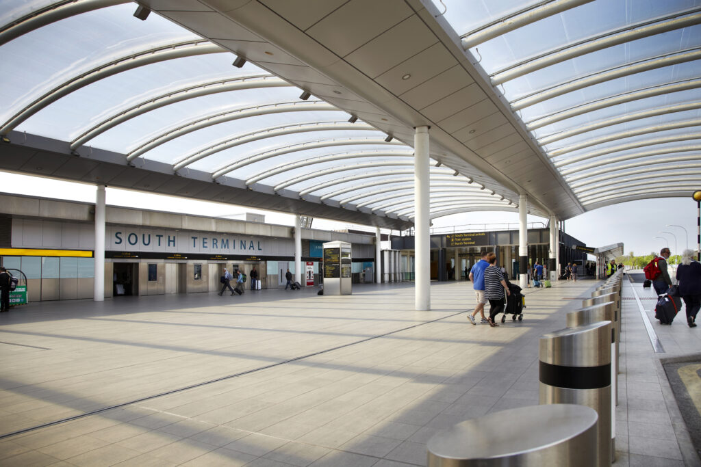 gatwick forecourt charges