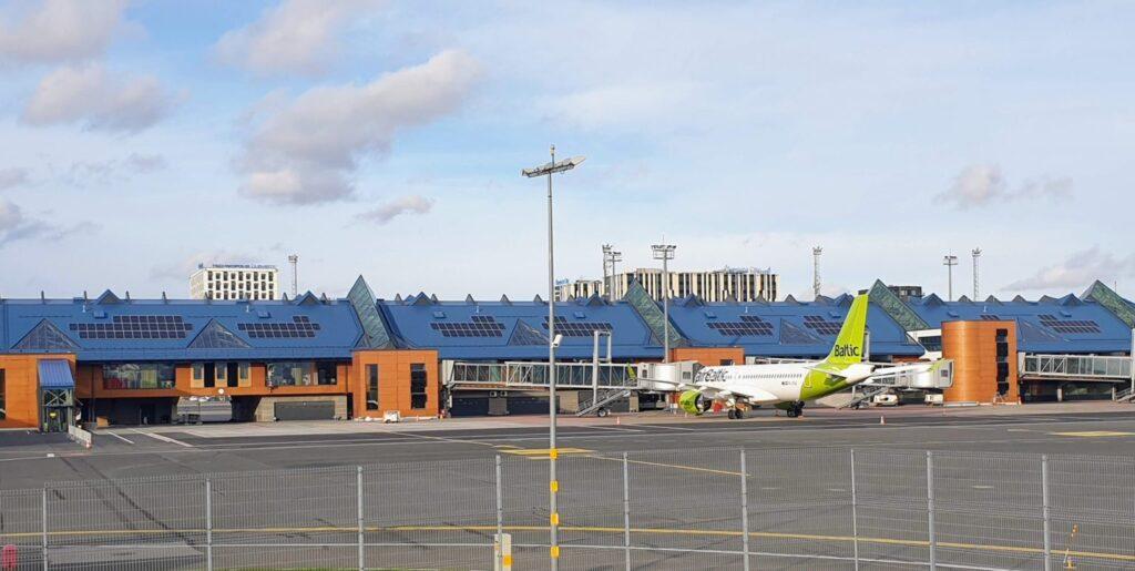 tallinn green airport carbon neutral