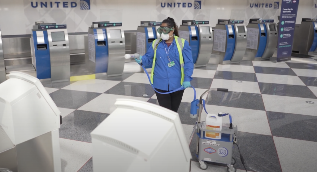 united airlines using clorox® COVID-19