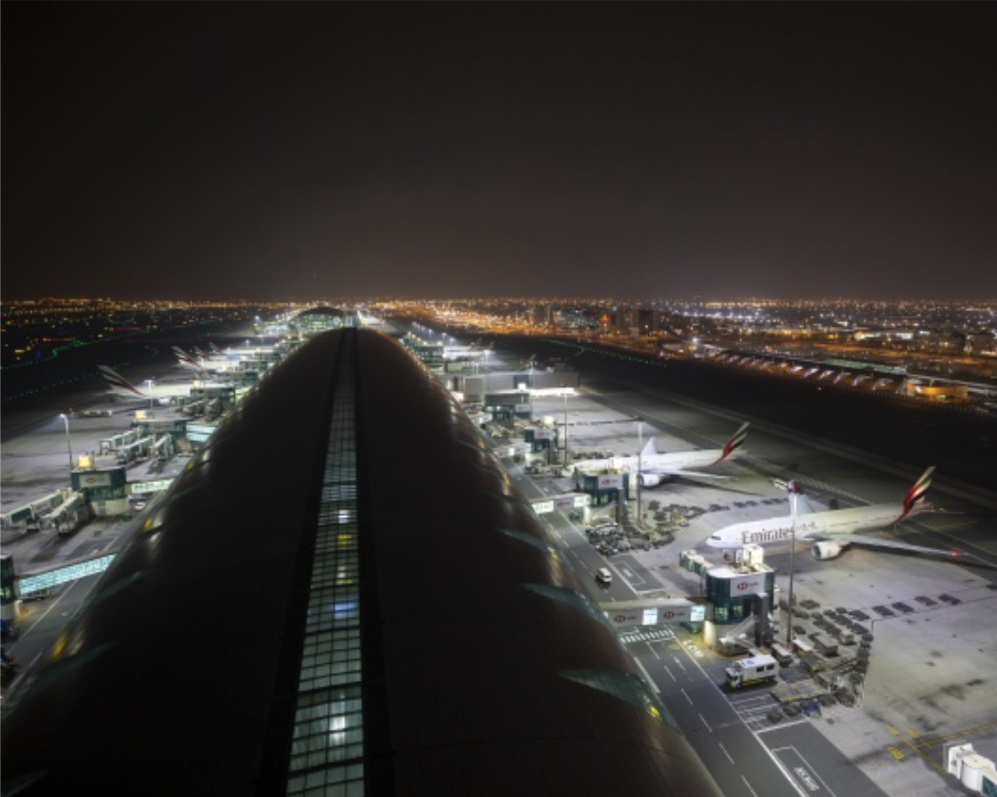 ewo floodlights lead to a reduction of 63 % energy consumption at Dubai International Airport