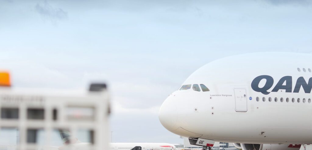 Menzies Aviation qantas