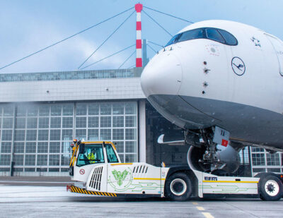All-Electric Aircraft Pushback Tug in Operation at Munich