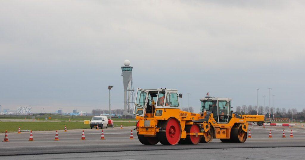 polderbaan runway maintenance closed