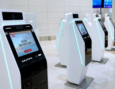 Emirates Brings Touchless Self Check-in Kiosks to Dubai