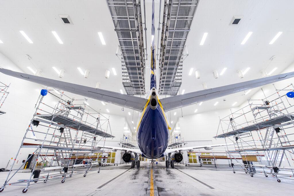 aircraft paint shop Kaunas Airport