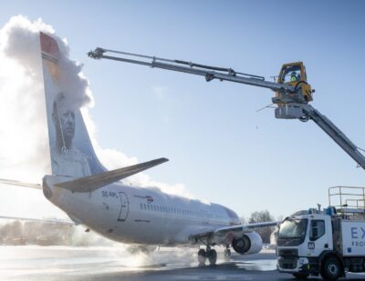 Menzies Oslo and Vestergaard Partner for Electric De-icing Trial