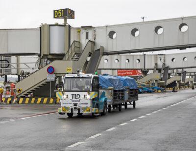 Schiphol Tests Autonomous Baggage Tractor
