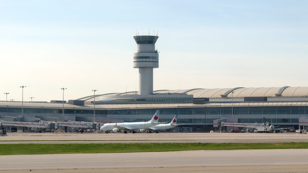Toronto airport COVID Safety Alert