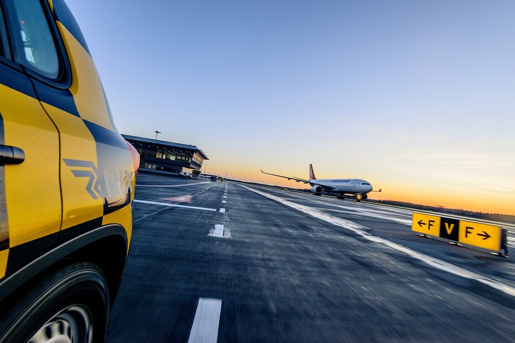 Riga Airport taxiway