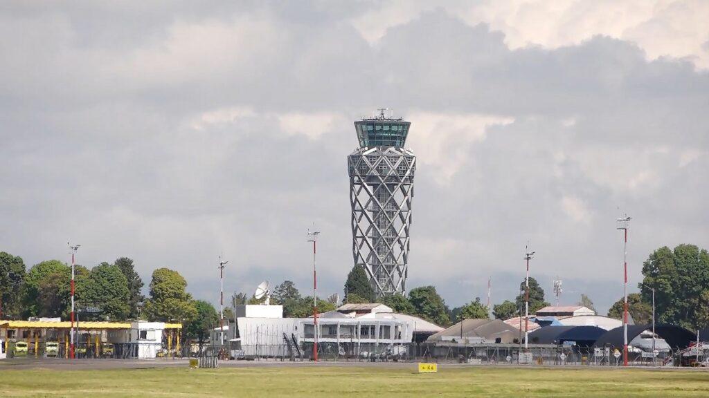 colombian airport Rohde & Schwarz