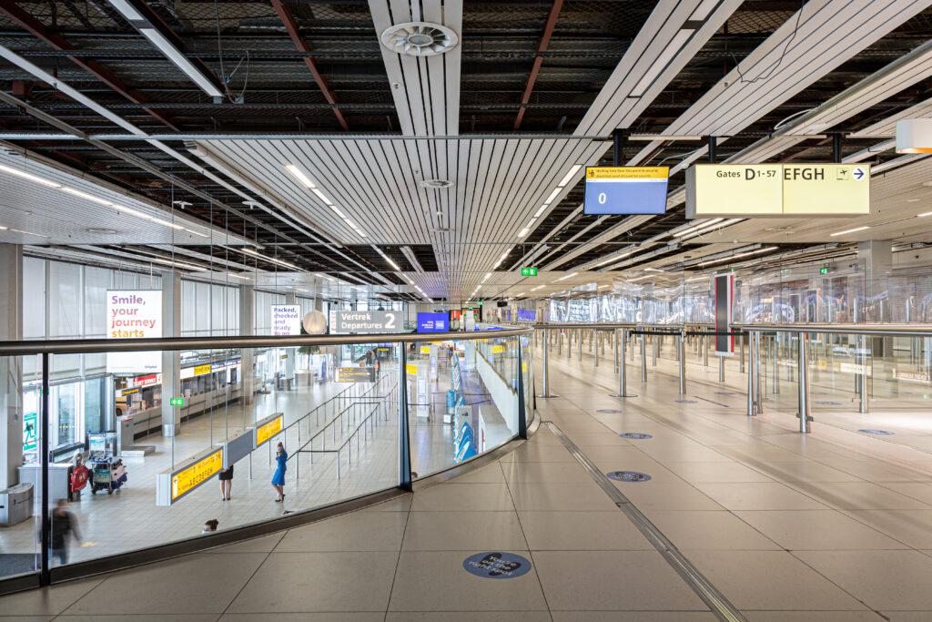 schiphol departure hall 1