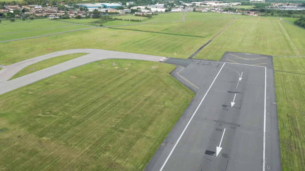 edinburgh airport solar farm