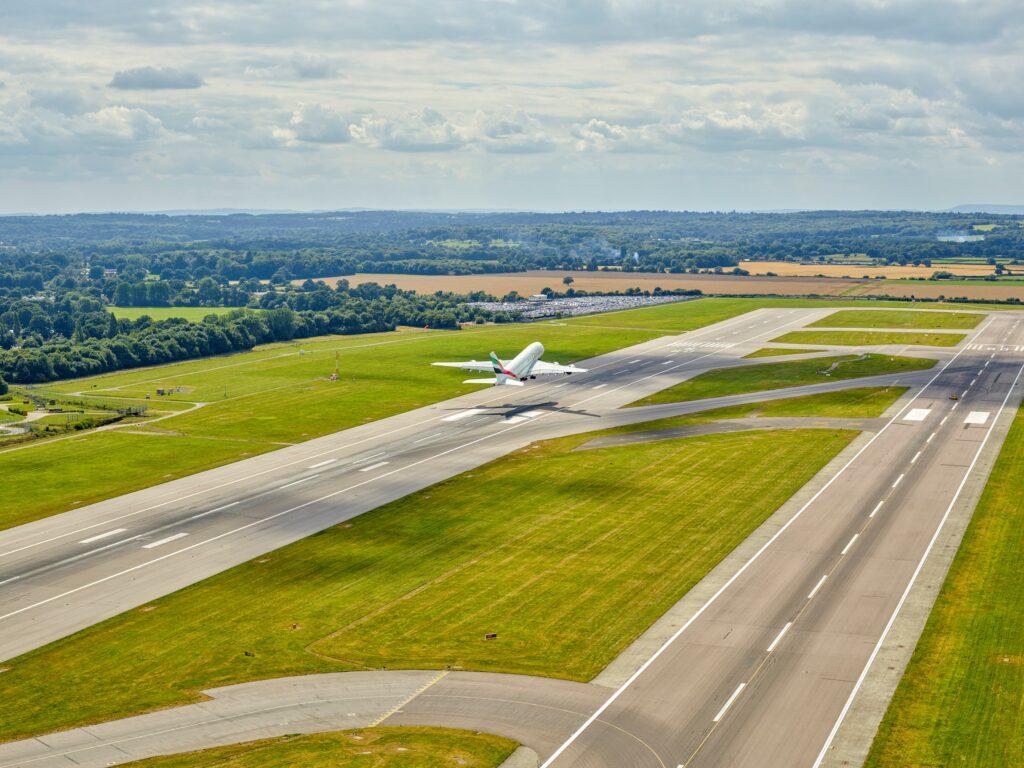 gatwick airport northern runway
