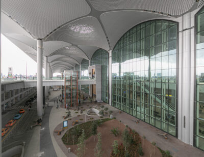"""Istanbul Airport Commits to Achieving """"Zero Emissions"""" By 2050"""
