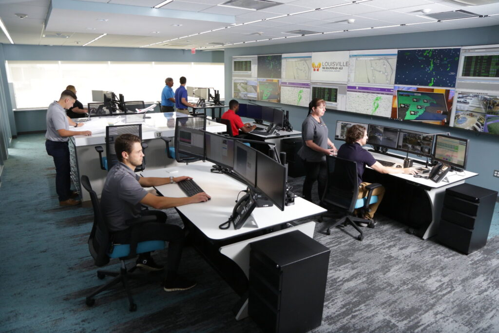 airport operations center sdf