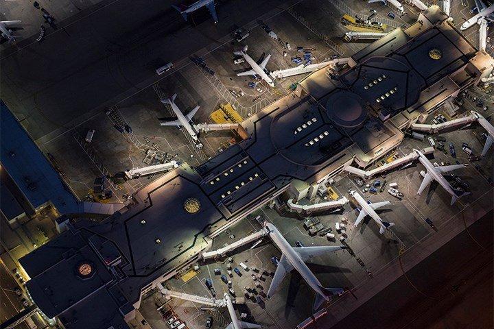 air transport crisis